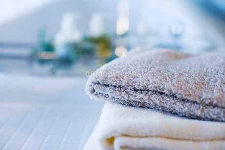 浴槽とタオルの写真素材 [FYI02356522]