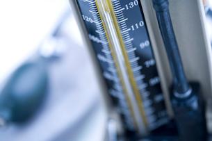 血圧計の写真素材 [FYI02356769]
