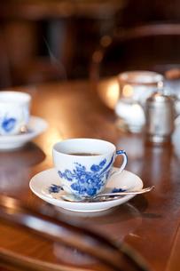 ティールームのコーヒーカップの写真素材 [FYI02356892]