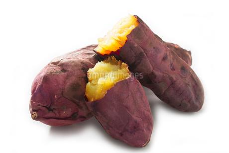 焼き芋の写真素材 [FYI02357716]