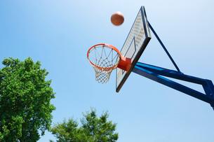 バスケットゴールの写真素材 [FYI02358854]