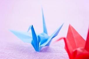 折り紙の鶴の写真素材 [FYI02358869]