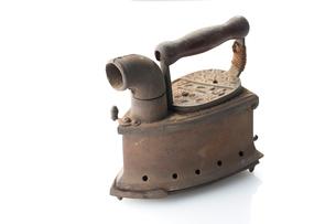 明治時代の炭火アイロンの写真素材 [FYI02358937]