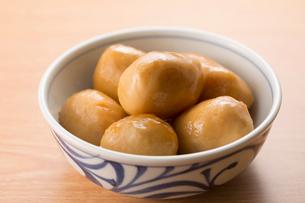 里芋の煮物の写真素材 [FYI02358971]