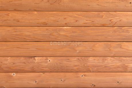 木の外壁の写真素材 [FYI02359073]