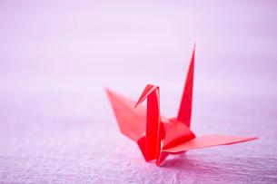 折り紙の鶴の写真素材 [FYI02359122]