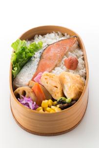 鮭弁当の写真素材 [FYI02359269]