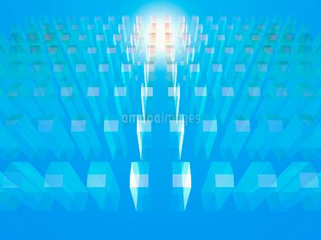 整列する透明なオブジェと光の写真素材 [FYI02363799]