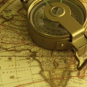 地図とコンパスの写真素材 [FYI02364483]