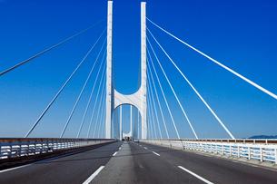 高速道路の写真素材 [FYI02371467]