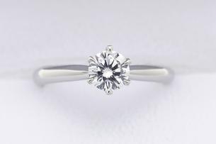 指輪の写真素材 [FYI02376323]