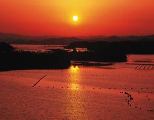 英虞湾の夕日の写真素材 [FYI02376418]