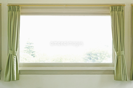 窓の写真素材 [FYI02376591]