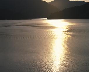 田子倉ダム湖の写真素材 [FYI02376634]