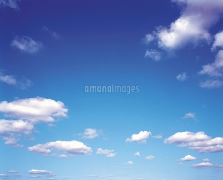 青空の写真素材 [FYI02383066]