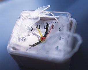 壊れた時計の写真素材 [FYI02391165]