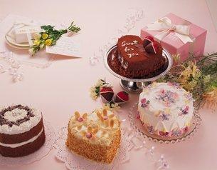 ハートのケーキの写真素材 [FYI02398687]