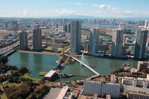 辰巳運河 辰巳水門 東雲水辺公園の写真素材 [FYI02398805]