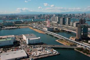 東京湾 臨海線 東京テレポートの写真素材 [FYI02398919]