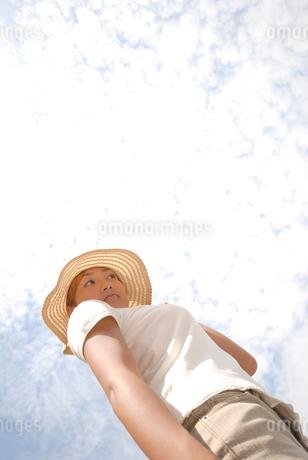 帽子をかぶった女性の写真素材 [FYI02399354]