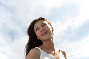髪の長い女性の写真素材 [FYI02400148]