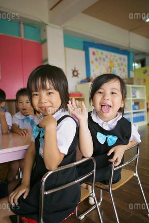 幼稚園のこども達の写真素材 [FYI02401252]