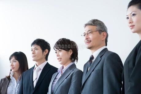 ビジネスマンとビジネスウーマンの写真素材 [FYI02403590]