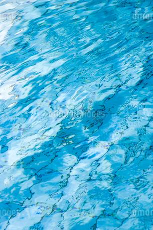 屋内プールの写真素材 [FYI02404080]