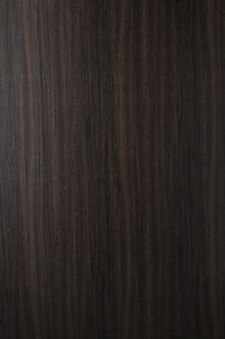 黒い木目の板素材の写真素材 [FYI02420934]
