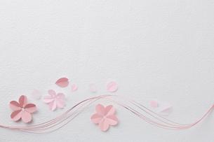 桜ペーパークラフトイメージの写真素材 [FYI02420958]
