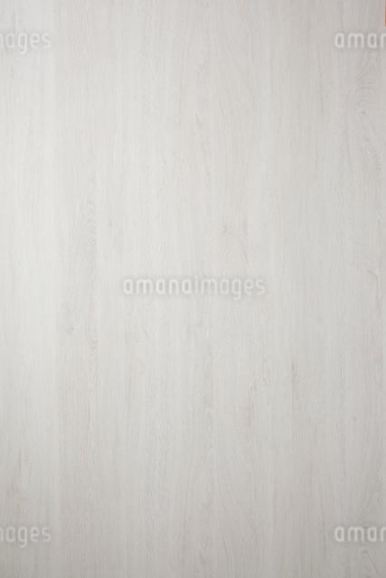 白い木目の板素材の写真素材 [FYI02421096]