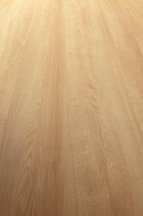斜俯瞰に見る中間色木目の板素材の写真素材 [FYI02421098]