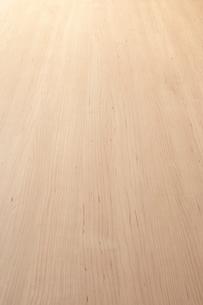 斜俯瞰に見る明るい木目の板素材の写真素材 [FYI02422543]
