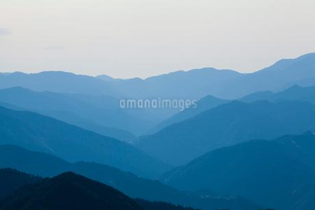 玉置神社から見た山々の風景の写真素材 [FYI02422909]