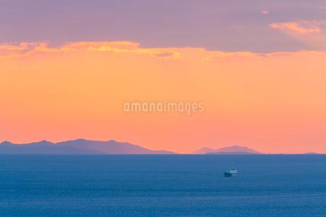 播磨灘夕景の写真素材 [FYI02437741]