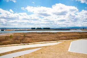 避難の丘より名取川名取市街地を望むの写真素材 [FYI02462335]