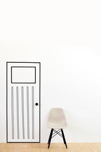 マスキングテープで作ったドアとイスのイラスト素材 [FYI02466555]
