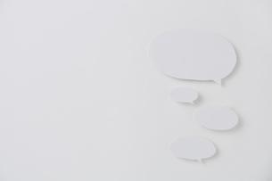 複数の吹きだしの写真素材 [FYI02470185]
