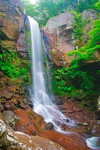 銚子溪の銚子の滝の写真素材 [FYI02475824]