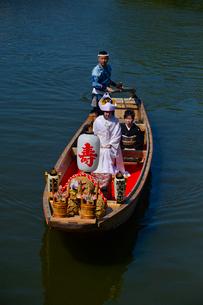 潮来あやめ祭りの嫁入り舟の写真素材 [FYI02491320]