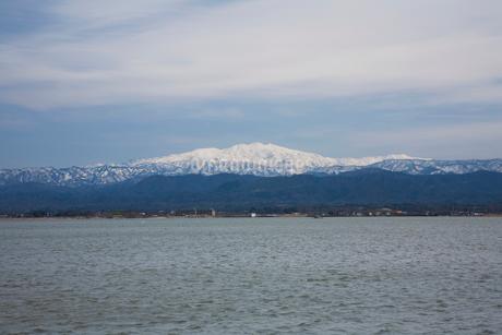 柴山潟と白山遠望の写真素材 [FYI02499253]