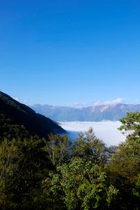 白山連峰と雲海の写真素材 [FYI02499489]