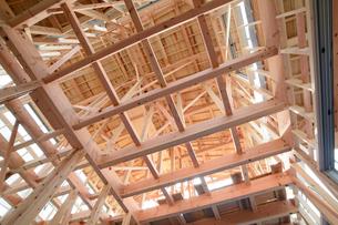 木造住宅の新築工事の写真素材 [FYI02503537]