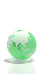 半透明な緑の地球儀の写真素材 [FYI02503902]