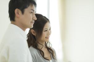 笑顔の夫婦の写真素材 [FYI02512997]