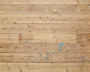 ペンキの付いた木の床の写真素材 [FYI02515306]
