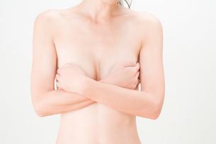 若い女性のウエストの写真素材 [FYI02518032]