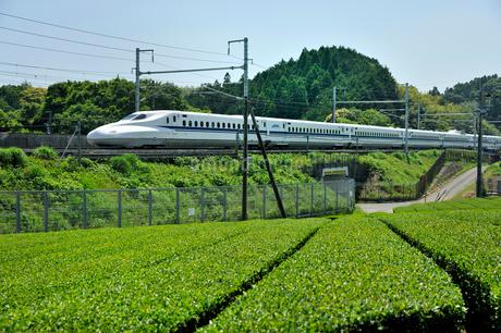 東海道新幹線 N700系の写真素材 [FYI02529397]