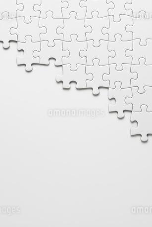 白のパズルの写真素材 [FYI02534758]