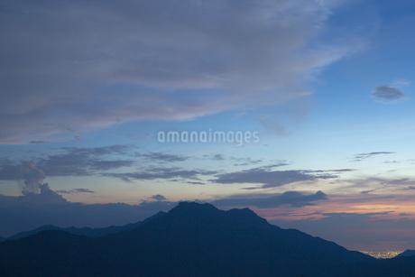 石鎚山の夕暮れの写真素材 [FYI02541325]